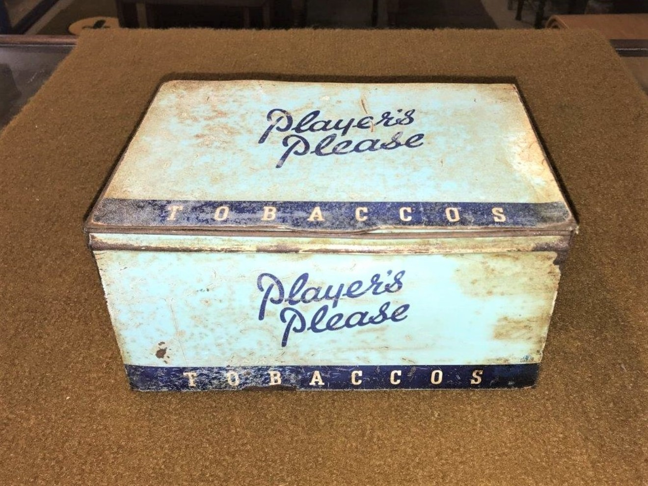 """Players Tobaccos Cigarettes Tin """"Players Please"""""""