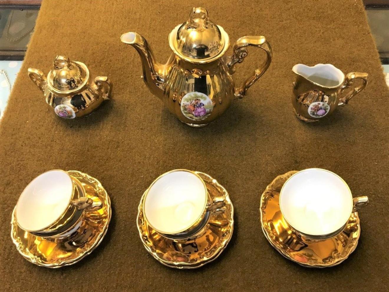 Gold Tea Set Schlottenhof, Bavaria.