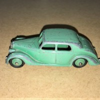 Vintage Dinky Toys Green Riley Car No 40A