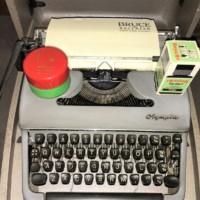 Portable Typewriter Olympia De Luxe