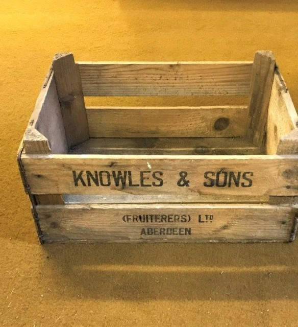 Knowles Fruiterers Wooden Crate