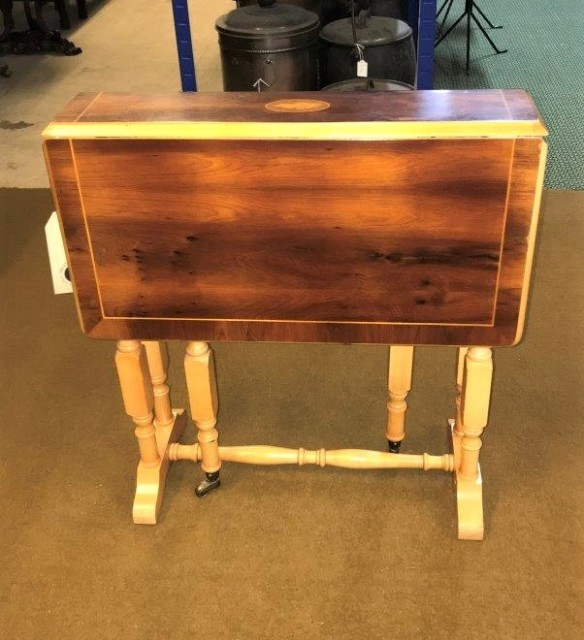 Small Retro Inlaid Gate Leg Table