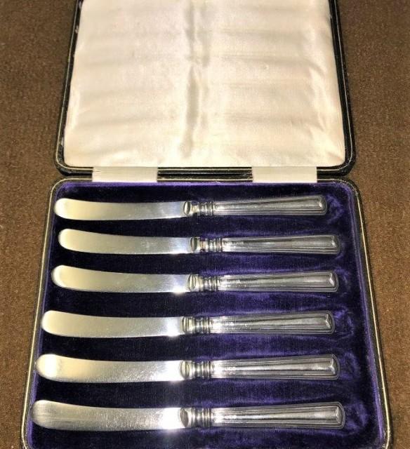 Cased Set Silver Handled Butter Knives