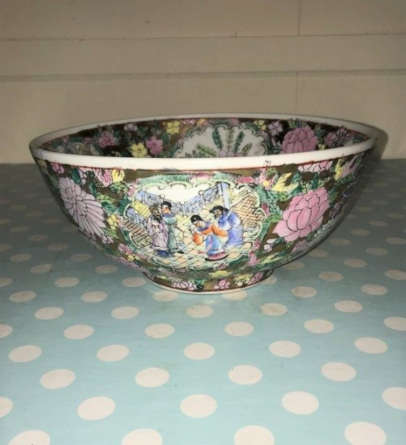Chinese Famille Verte Bowl