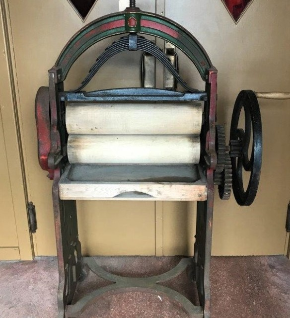 Cast Iron Laundry Mangle