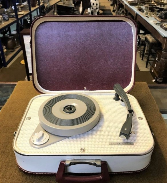 Fidelity Portable Record Player Model HF 31