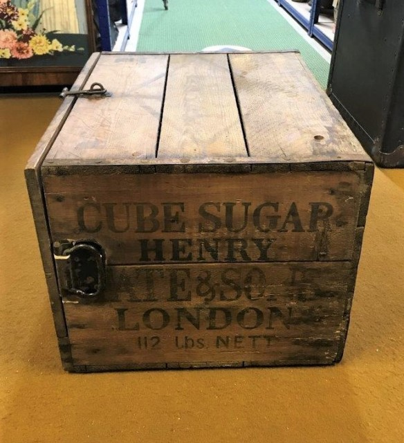 Henry Tate & Sons Hinged Lid Sugar Crate